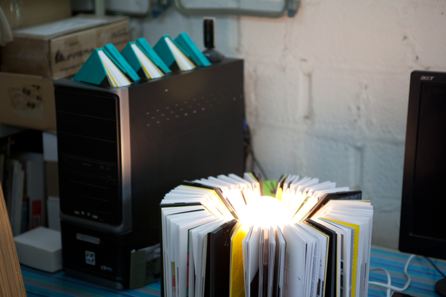 lampara-y-cortes-libros